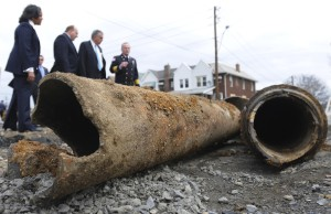 A tour was taken at 13th and Allen in Allentown on Monday, April, 4, 2011.  In photo,Cynthia Quarterman, director of the Pipeline and Hazardous Materials Safety Administration,, Allentown Mayor Ed Pawlowski, U.S. Transportation Secretary Ray LaHood, and Allentown fire chief Robert Scherer look at the site of the deadly blast which happened in February of this year.   /////(Monica Cabrera/The Morning Call) __***** Headline:  Federal official urges pipeline safety forum ** Gas companies, pipeline operators need to do 'top-to-bottom review' of their systems, transportation secretary says ** ALLENTOWN GAS EXPLOSION (4/5/11) ***** Headline:  TOP STORIES   APRIL 3-9, 2011 ** Federal official urges pipeline safety reform (4/10/11) *****  Headline: Pa. gets failing grade on pipeline data ** Watchdog group's survey finds Pennsylvania lackin in giving the public access to information ** GAS PIPELINE SAFETY (11/29/11) ***** Series:  WATCHDOG REPORT: ALLENTOWN GAS EXPLOSION - ONE YEAR LATER  ***** Headline: 'A painstaking process' to find cause of blast ** Investigators have been working for a year, but answers may be months away. (2/5/12) ***** Headline: ALLENTOWN GAS EXPLOSION ** ONE YEAR LATER ** SPECIAL REPORTS (2/9/12) *****